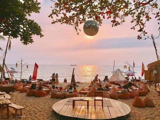 Ocsen Beach Bar & Club – nơi thu hút du khách bậc nhất Phú Quốc