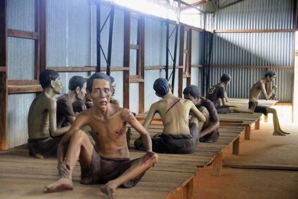 Tái hiện khung cảnh tù binh tại nhà tù Phú Quốc