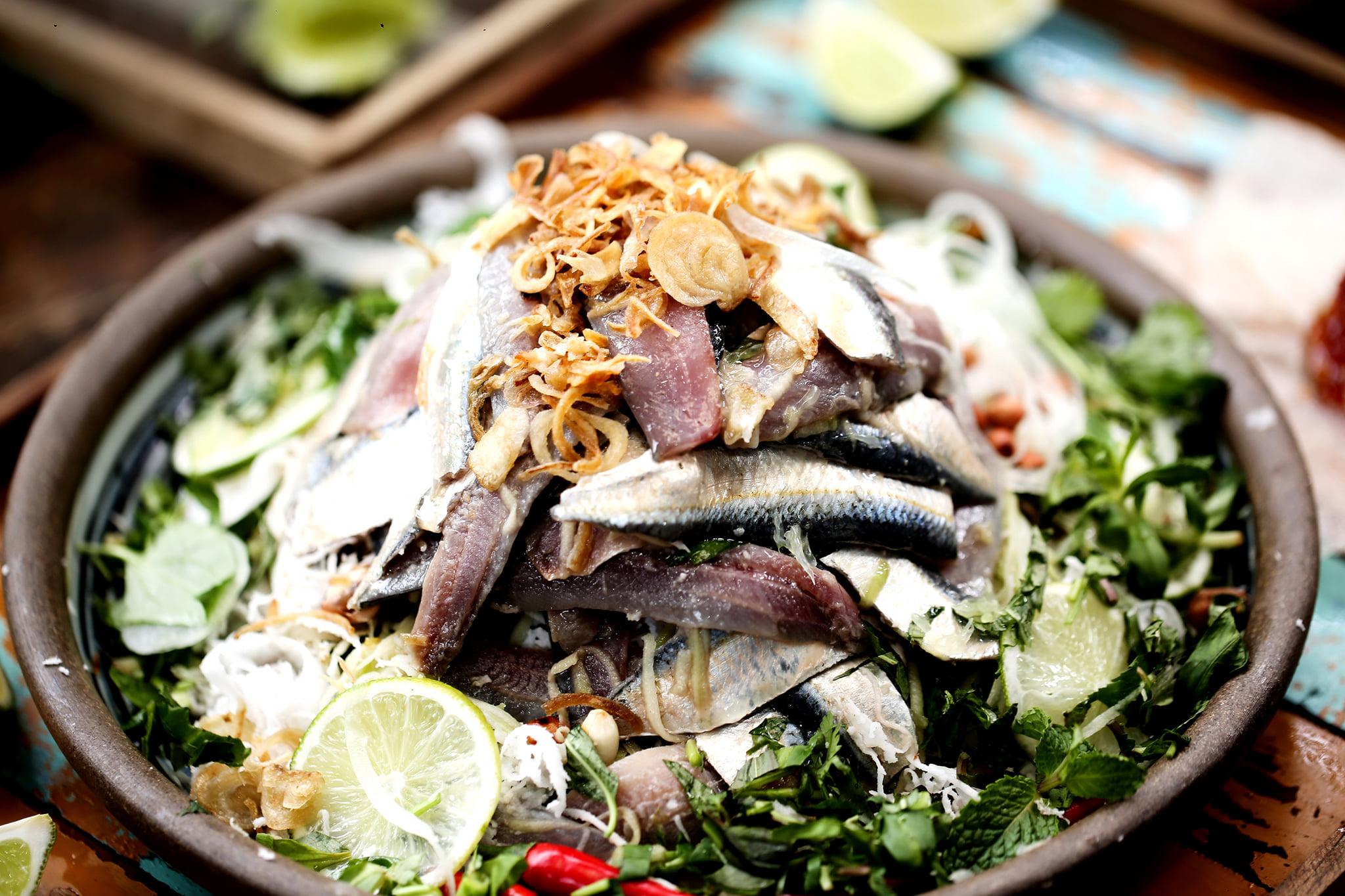 3 địa chỉ ăn gỏi cá trích Phú Quốc ngon nhức nhói