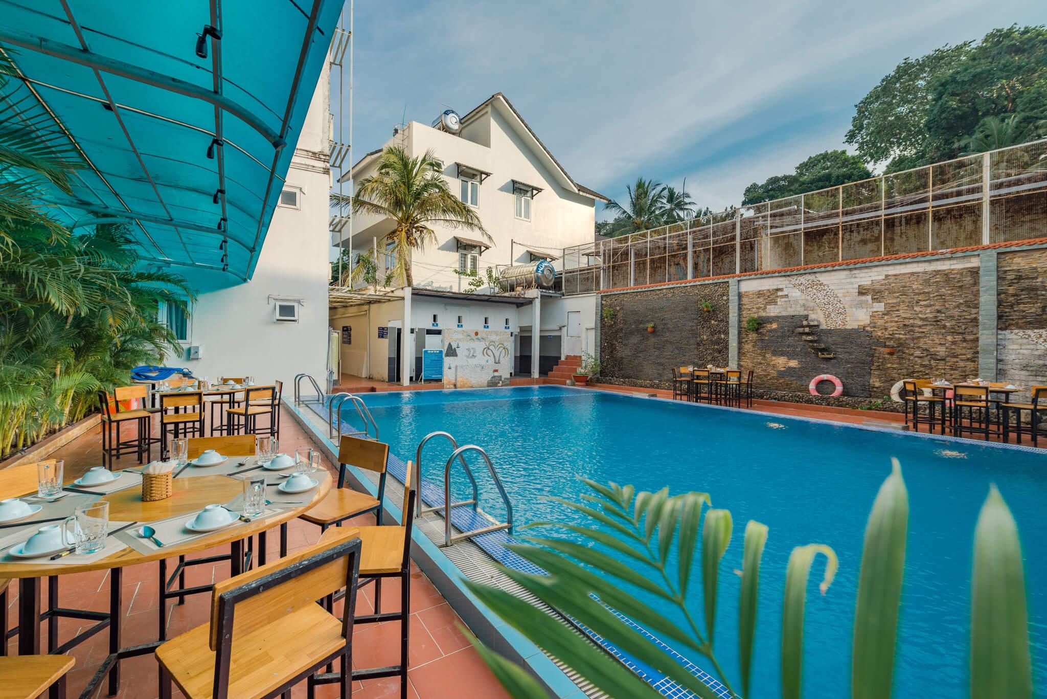 Combo khách sạn Holiday Phú Quốc