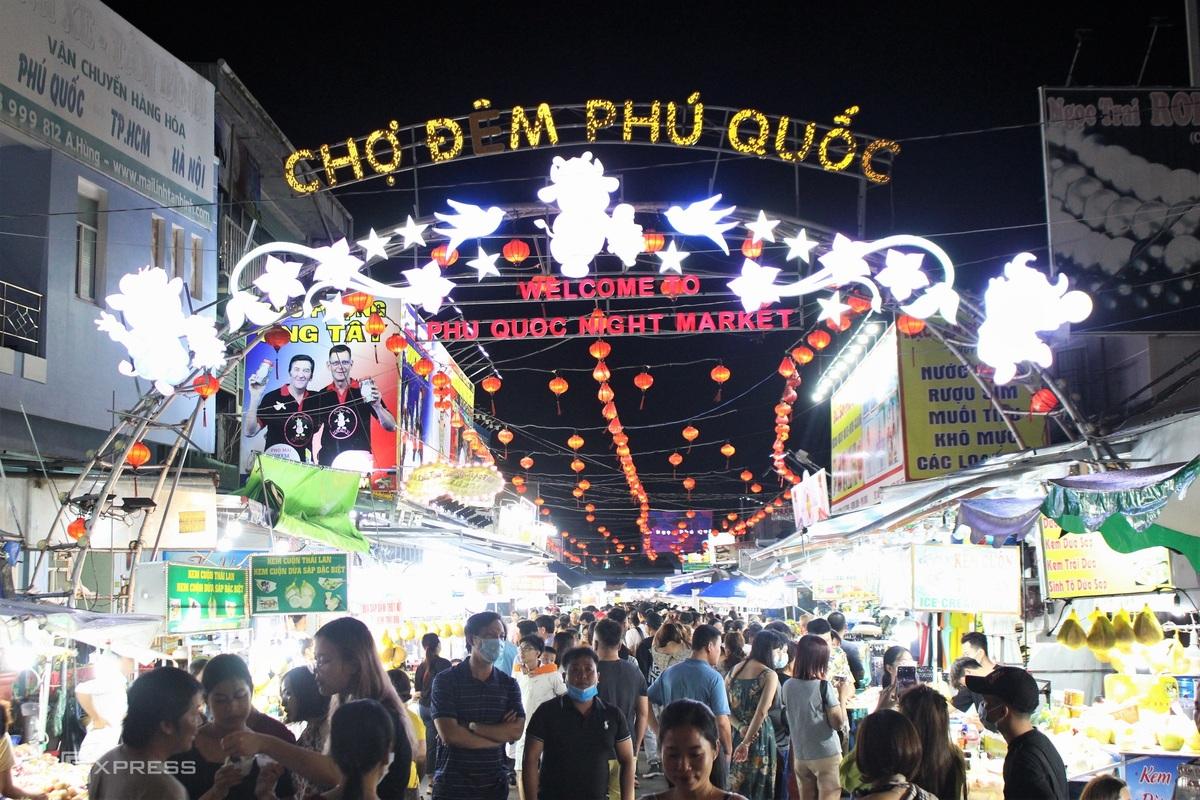 Thiên đường ẩm thực chợ đêm Phú Quốc